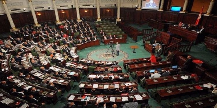 المصادقة على انضمام الجمهورية التونسية لاتفاقية تبليغ الوثائق القضائية وغير القضائية إلى الخارج