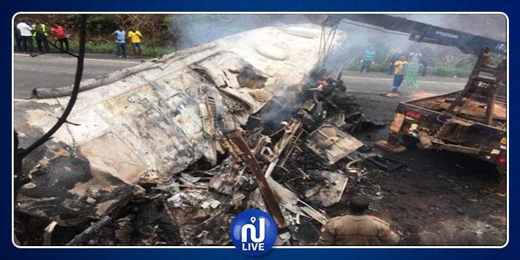 غانا: مقتل 60 شخصا على الأقل في حادث تصادم حافلتين