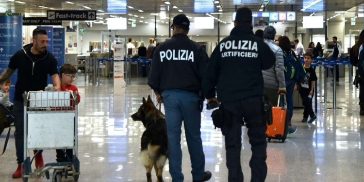 إيطاليا تطرد شاب تونسي لأسباب ''تتعلق بأمن الدولة''