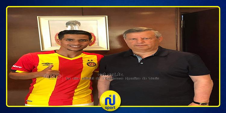 رسمي: الترجي ينتدب لاعب الوسط الجزائري عبد الرؤوف بنغيث