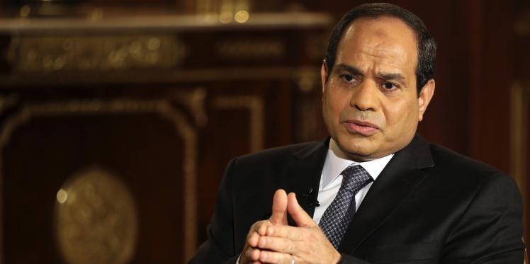 """السيسي: """"داعش"""" أضعف من أن يسقط طائرة تحلق في سماء مصر"""