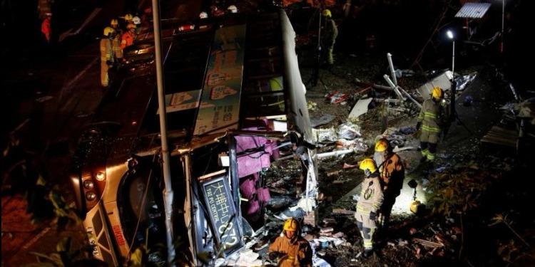 19 قتيلا و60 جريحا في انقلاب حافلة في هونغ كونغ