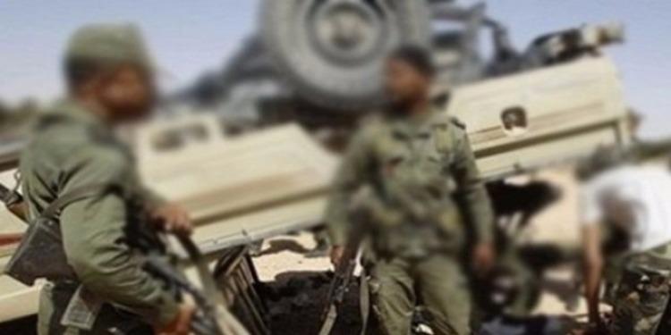 القيروان: وفاة جندي وإصابة 12 آخرين في حادثي انقلاب شاحنتين عسكريتين