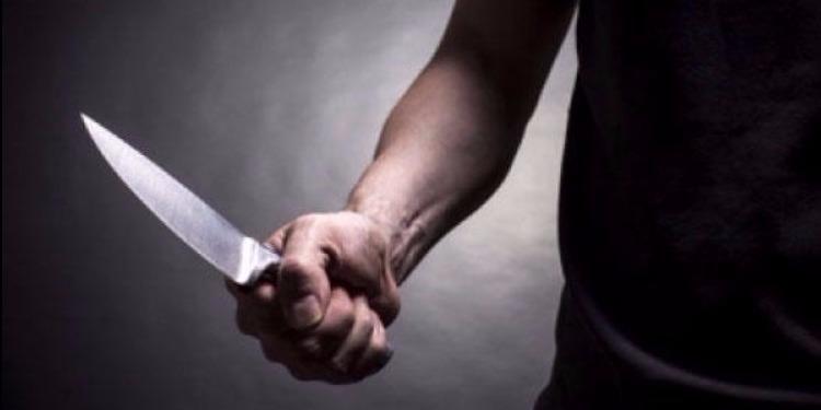 لامبيدوزا: تونسي يغرس سكّينا في مؤخّرة ابن بلده ويصيب شرطيا !