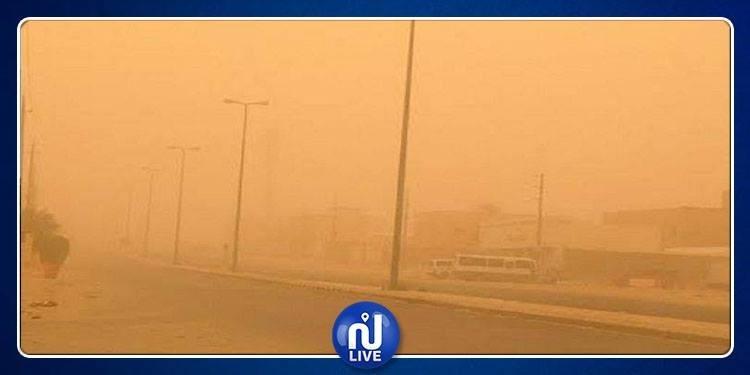 السعودية: عواصف رملية قوية تضرب بعض المدن (فيديو)