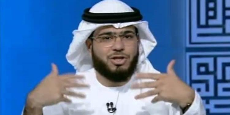 داعية إماراتي:  اللهجة الإمارتية ذكرت في القرآن! (فيديو)
