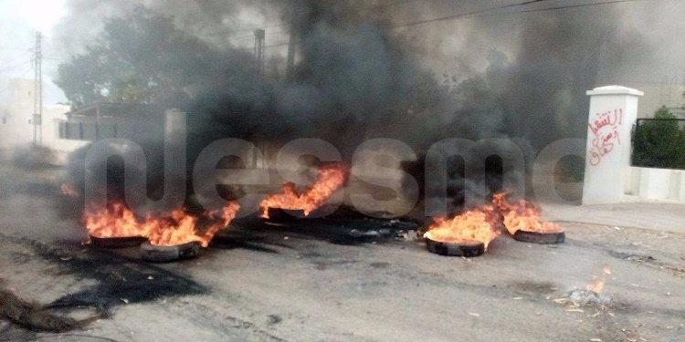 صفاقس/الشعال: احتجاجات وغلق المدارس وجميع المرافق