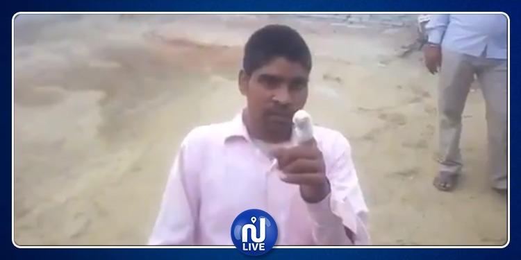 ناخب هندي يقطع إصبعه بعدما صوت للحزب الخطأ (فيديو)
