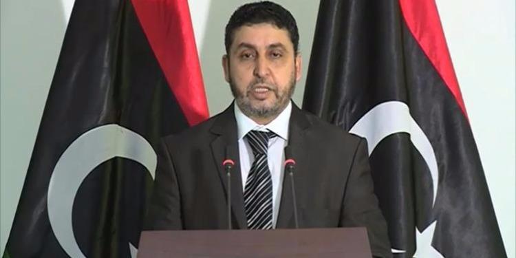 حكومة الانقاذ برئاسة الغويل  تطالب أعضاء المجلس الرئاسي بمغادرة العاصمة طرابلس فوراً