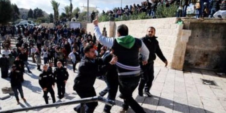 الشرطة الصهيونية تعتقل سياحا أتراك في القدس