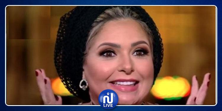 صابرين تدخل في مشاجرة مع إعلامية بسبب سؤالها عن الحجاب ! (فيديو)