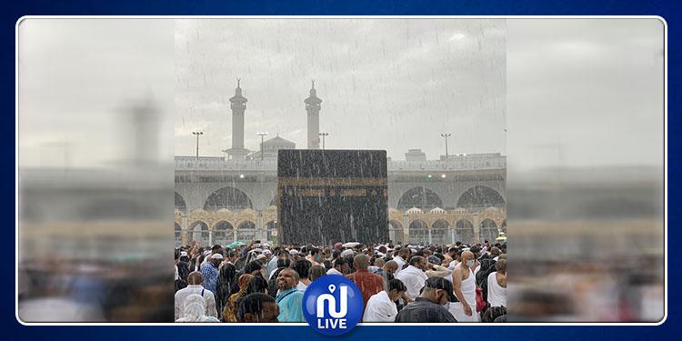 لأول مرة في رمضان.. أمطار غزيرة في الحرم المكي (صور+ فيديو)