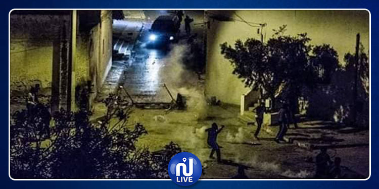 رجيش: مواجهات بين محتجين وقوات الأمن (صور)