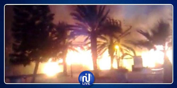 Kébili : Près de 150 palmiers en feu