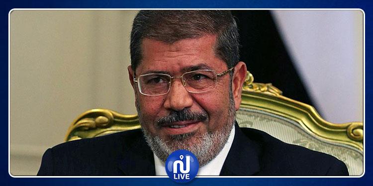 دفن جثمان  محمد مرسي في القاهرة دون مراسم تشييع