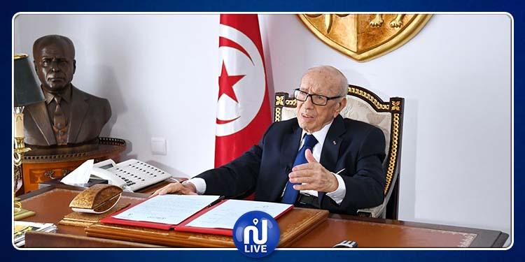أول ظهور رسمي لرئيس الجمهورية بعد مغادرته المستشفى العسكري (فيديو)
