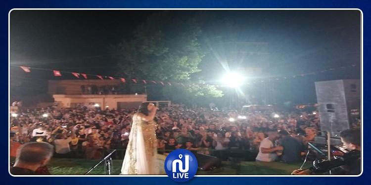 افتتاح الدورة 29 لمهرجان التين بكسرى: تنظيم محكم وجمهور ذواق محترم