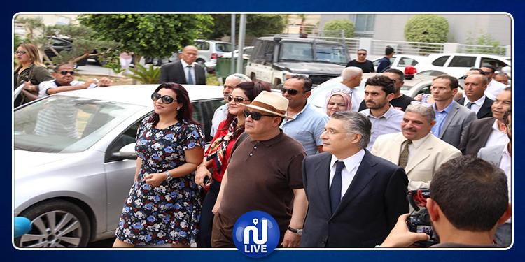 Présidentielle: Nabil Karoui, dépose son dossier de candidature à l'ISIE (photo-vidéo)
