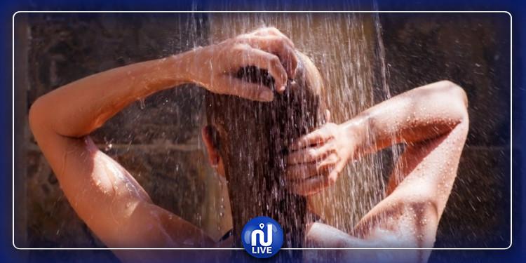La douche chaude serait-elle dangereuse?