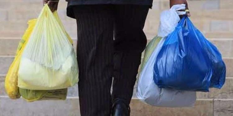 المجمع المهني للبلاستيك يرفض تحويل مشروع قانون القضاء على استعمال الأكياس البلاستيكية إلى مرسوم