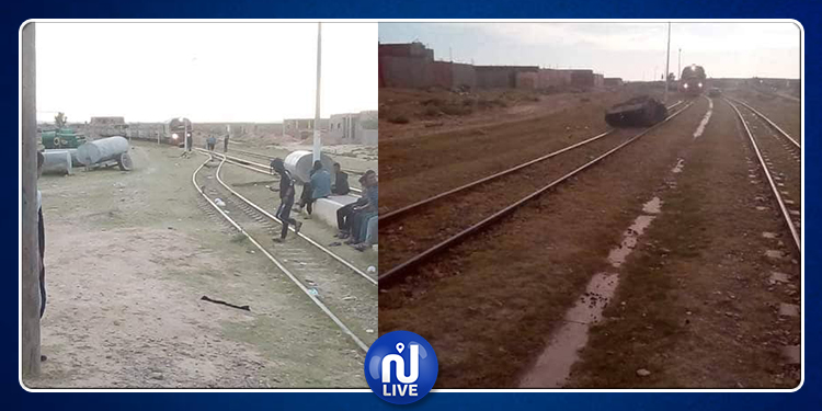 بعد انسحاب الأمن.. معتصمو منزل بوزيان ينصبون خيمهم فوق السكة الحديدية