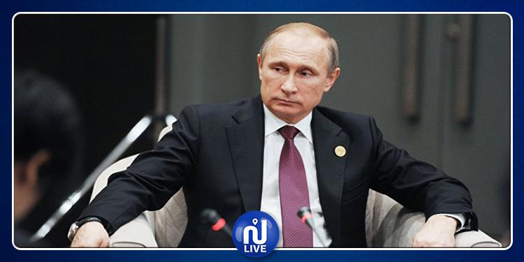 ردّة فعل بوتين لدى لقائه معلمة طفولته (فيديو)