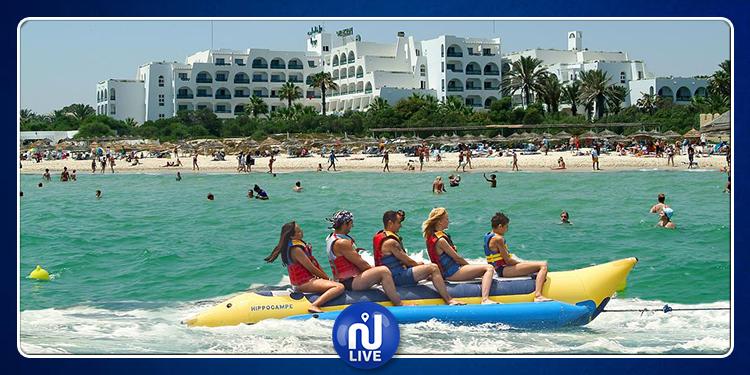 السباحة ممكنة بكافة الشواطئ مع ملازمة الحذر