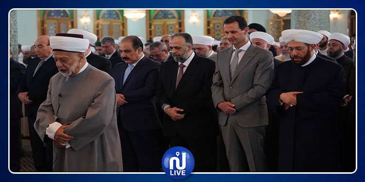 بشار الأسد يؤدي صلاة عيد الفطر في دمشق