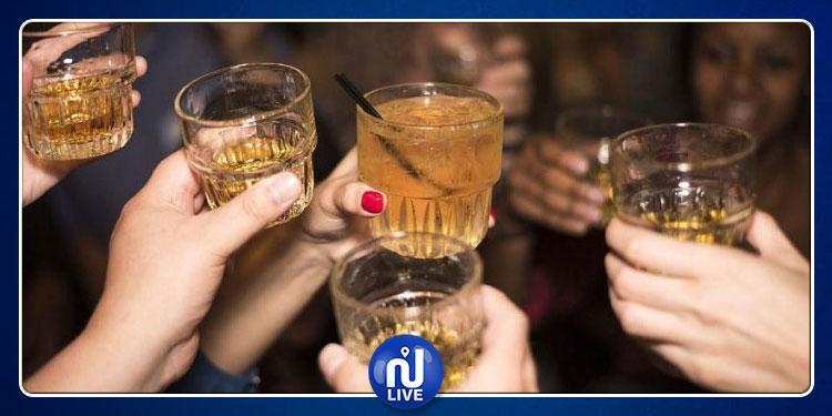 أكثر من نصف التونسيين يحتسون الكحول