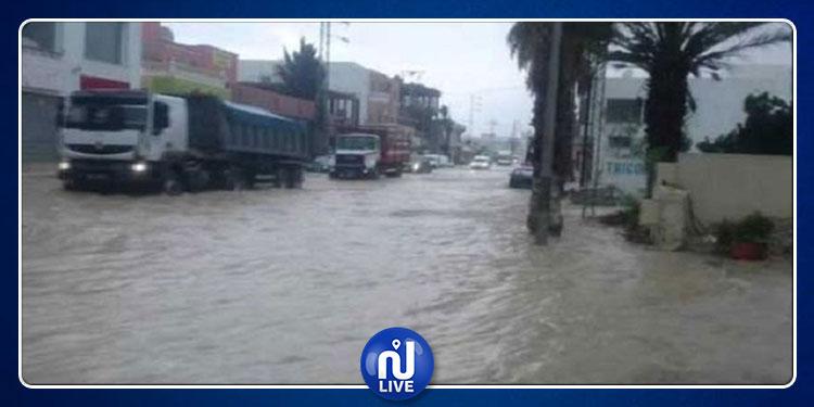 سليانة: الحماية المدنية  تتدخل لضخ مياه الأمطار المتسربة إلى 7 منازل