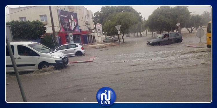 سوسة : سيارات عالقة جراء الأمطار والحماية المدنية  تتدخل