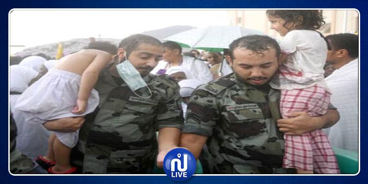 رجال الأمن يخدمون ضيوف الرحمان في الحج (صور)