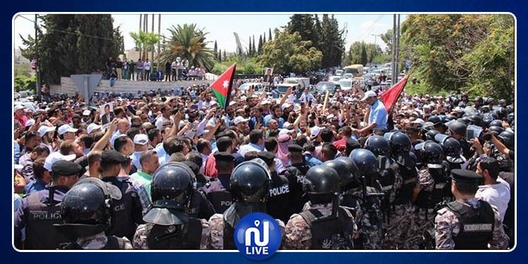 الأردن: إرضاء المعلمين لإنهاء الإضرابات