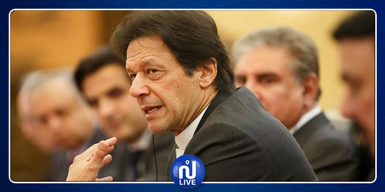 هبوط اضطراري لطائرة رئيس الوزراء الباكستاني في نيويورك