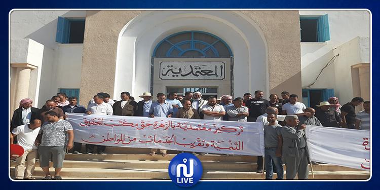 تطاوين : أهالي منطقة الزهرة يحتجون و يطالبون بالتنمية