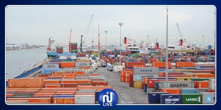 هذا ما قررته وزارة النقل بخصوص الحاويات الموجودة بميناء رادس