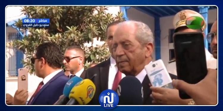 رئيس الجمهورية محمد الناصر يؤدي الواجب الانتخابي (فيديو)