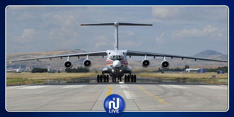 أوكرانيا: مقتل 4 أشخاص في هبوط اضطراري لطائرة