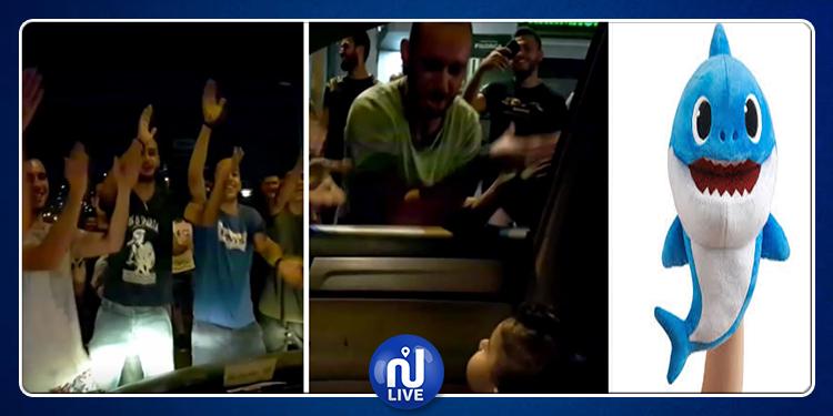 متظاهرون  يغنون ''بايبي شارك'' خلال احتجاجات لبنان  (فيديو)