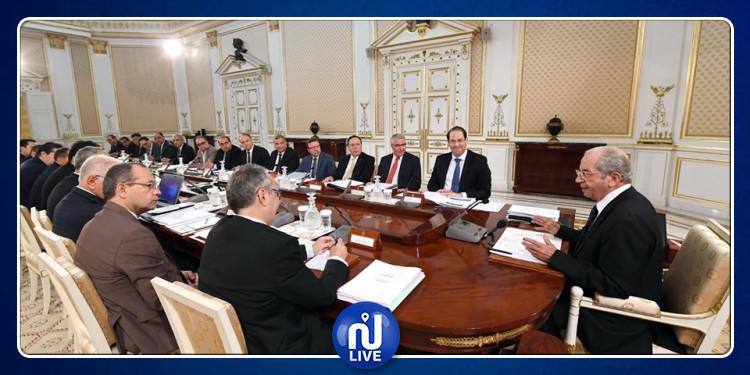 محمد الناصر  يشرف على اجتماع مجلس الوزراء