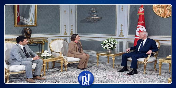 قيس سعيد يلتقي وفدا من حزب آفاق تونس