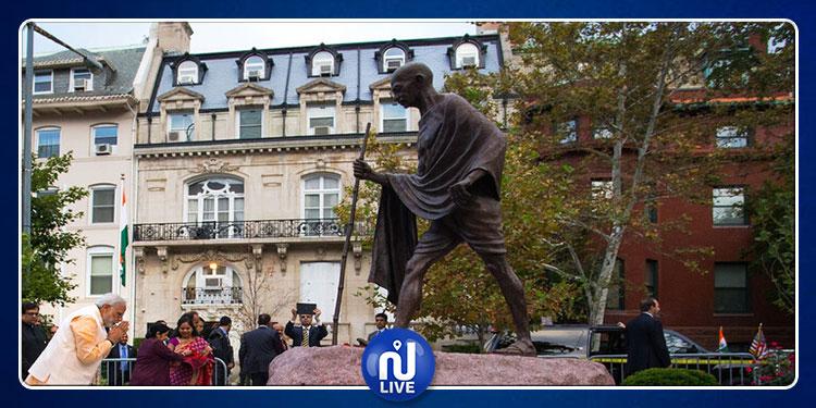 الهند: سرقة رماد رفات 'غاندي' في ذكرى ميلاده
