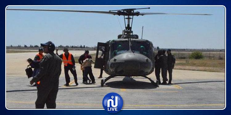 وزير الدفاع الوطني بالنيابة يتفقد القاعدة الجوية بقابس