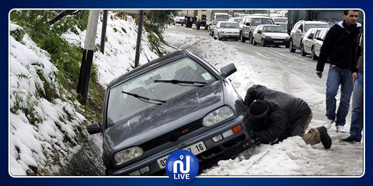 الجزائر :  عائلات  منكوبة وخسائر في الممتلكات جراء الأمطار والثلوج (فيديو)