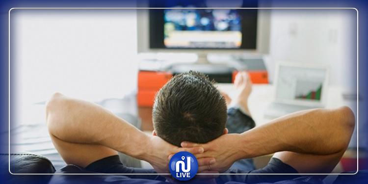 مشاهدة التلفاز تجعل الرجال يتوقون  للنساء النحيفات !