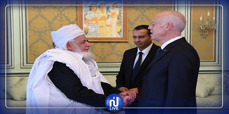قيس سعيد يلتقي بممثلي المجلس الأعلى للقبائل والمدن الليبية