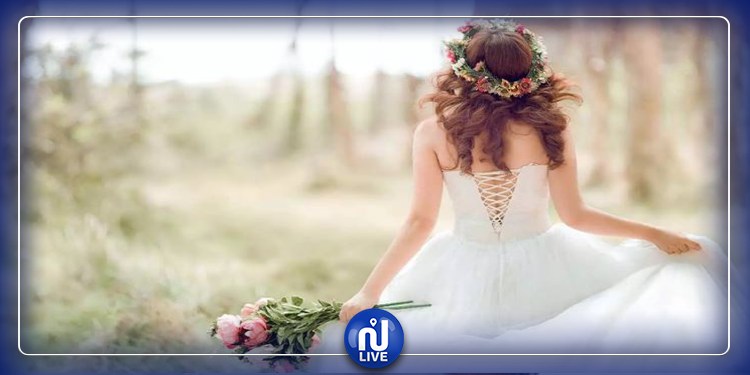 عروس تتزوج نفسها بعد أن تخلى عنها عريسها !