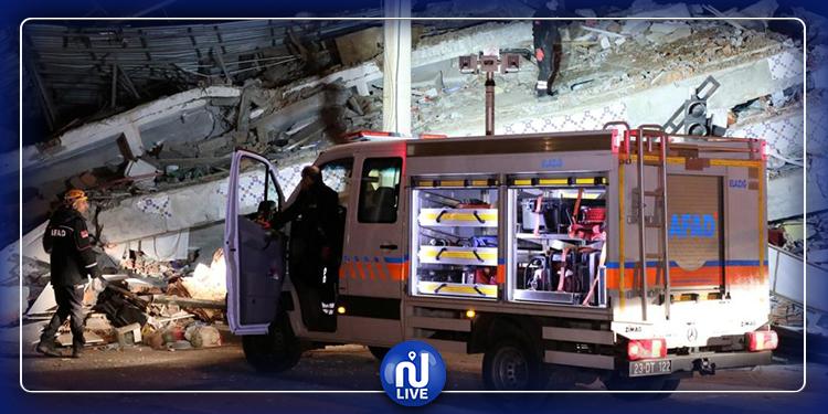 ارتفاع حصيلة ضحايا الزلزال العنيف  في تركيا
