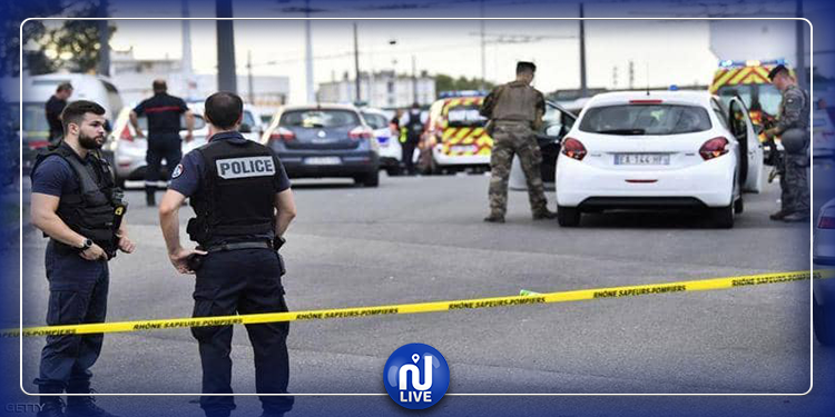 إصابة إرهابي حاول تنفيذ عملية طعن في فرنسا