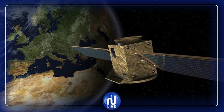 قمر صناعي مهدد بالانفجار  في الفضاء